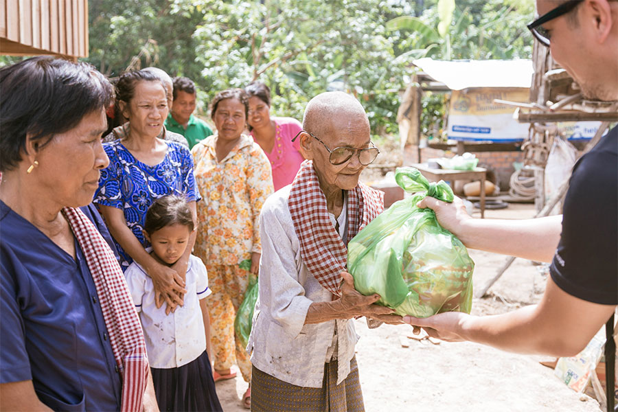 rising-cambodia-illus-19